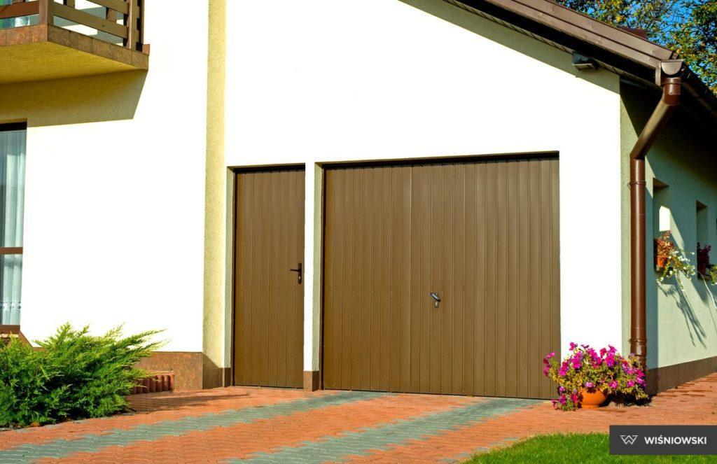 04 drzwi boczne stalowe wisniowski 1024x663 - Drzwi boczne - Wiśniowski