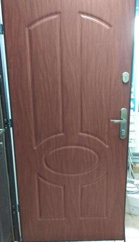 1 28 - Drzwi wejściowe do domu: Gerda WX20 (Drzwi Prawe)