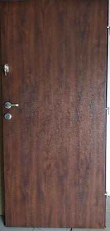 2 18 - Drzwi wejściowe do mieszkania: Gerda WD standard (Drzwi Lewe)