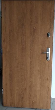 2 9 - Drzwi wejściowe do mieszkania: Gerda C standard (Drzwi Lewe)