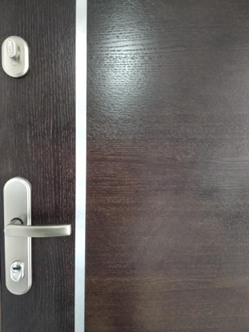 2 - Drzwi wejściowe do mieszkania: Gerda WX10 - standard (lewe)
