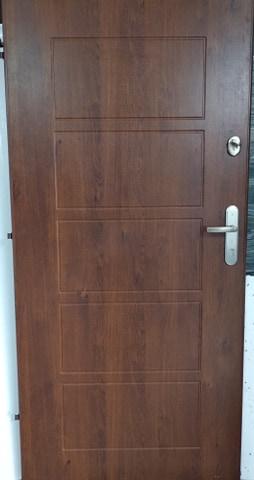 2 - Drzwi wejściowe do mieszkania: Gerda CX10 - standard (Drzwi Lewe)