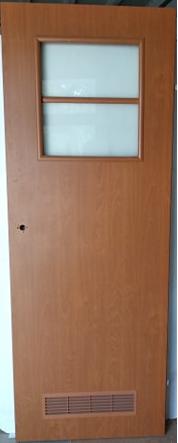 Drzwi wewnętrzne 132