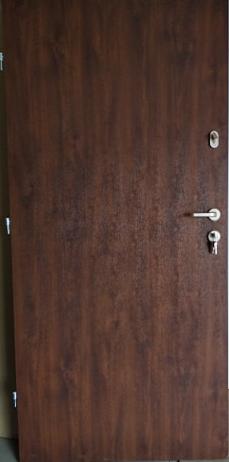 3 18 - Drzwi wejściowe do mieszkania: Gerda WD standard (Drzwi Lewe)