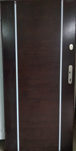 3 3 - Drzwi wejściowe do mieszkania: Gerda WX10 - standard (lewe)