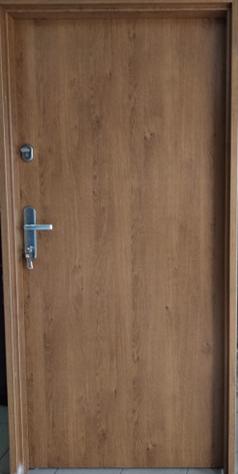 3 9 - Drzwi wejściowe do mieszkania: Gerda C standard (Drzwi Lewe)