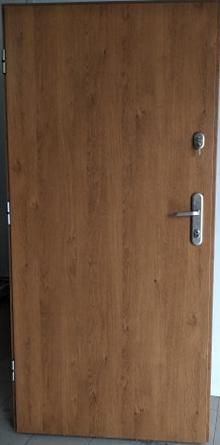 4 10 - Drzwi wejściowe do mieszkania: Gerda C standard (Drzwi Lewe)