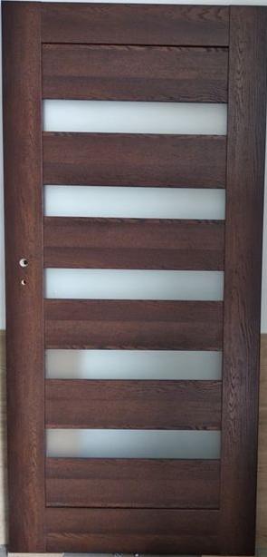 Drzwi wewnętrzne 654