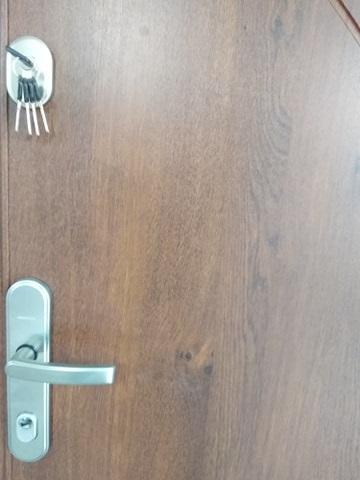 6 - Drzwi wejściowe do mieszkania: Gerda CX10 - standard (Drzwi Lewe)
