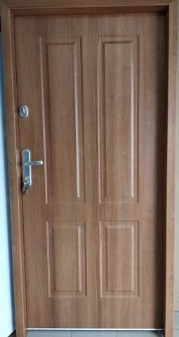 6 - Drzwi wejściowe do domu: Gerda WX20 (Drzwi Prawe)