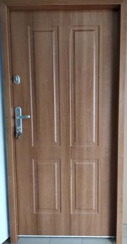 7 - Drzwi wejściowe do domu: Gerda WX20 (Drzwi Prawe)