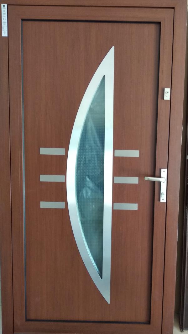 wisniowski 2 600x1065 - Drzwi wejściowe do domu: Wiśniowski DECO BASIC