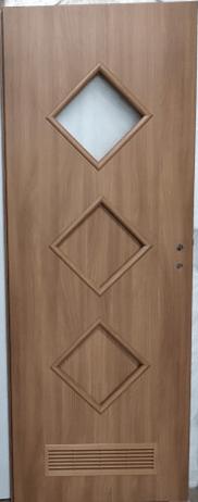 """33 1 - Drzwi wewnętrzne (Prawe) 80"""" orzech laskowy"""